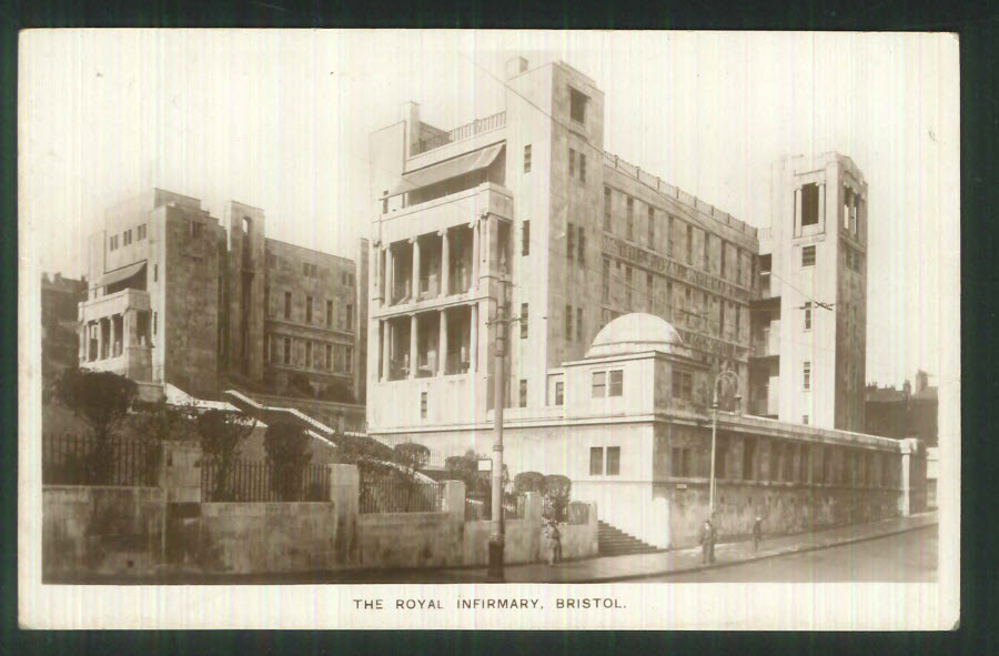 Postcard Gloucestershire - Royal Infirmary, Bristol 1926