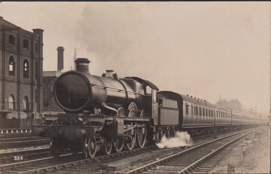 Postcard - Railways - Down Plymouth Express Dunster Castle at Kensal