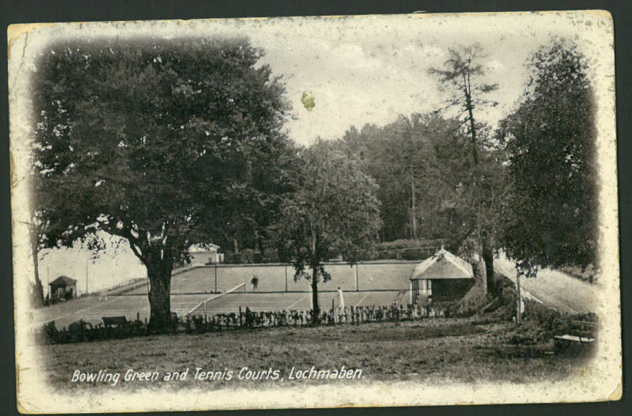 Postcard Scotland - Bowling Green & Tennis Courts, Lochmaben 1928